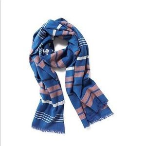 old navy textured blue scarf - NEW